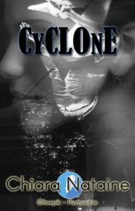 Cyclone plumavitae auteur accompagné critique